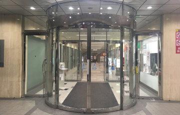 アークアカデミー新宿駅前校への地下アクセス9